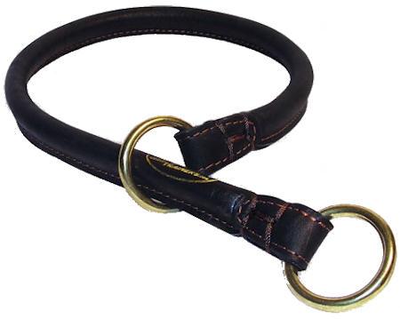Safe leather dog collar