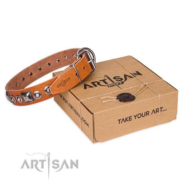 Leather dog collar made of top notch material with corrosion proof D-ring
