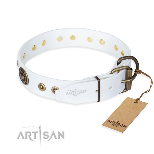 Leather dog collar made of soft material with rust-proof decorations
