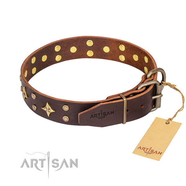 Handy use embellished dog collar of top notch full grain leather