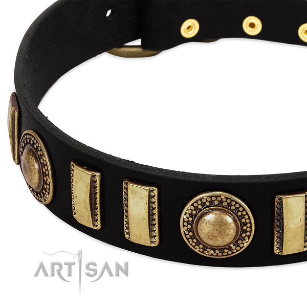 Best quality genuine leather dog collar with corrosion proof buckle