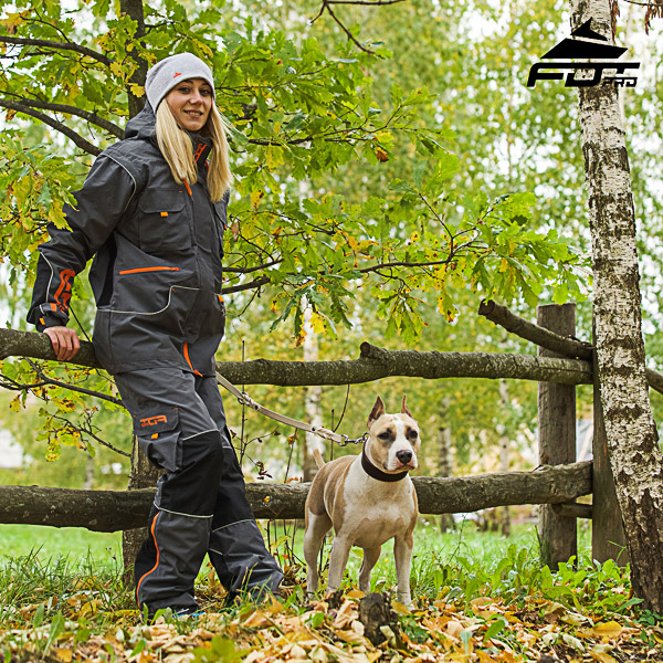 Convenient Side Pockets on Men / Women Design Pants for Active Dog Training
